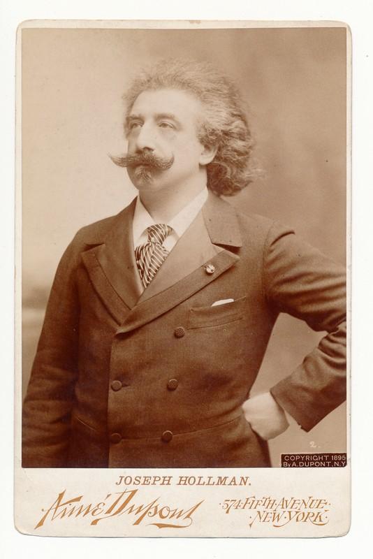 Joseph Hollman (c) Servais Collection